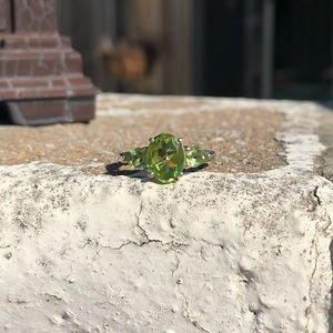 Jewelry - Peridot Genuine Sterling Silver Ring Sz 6